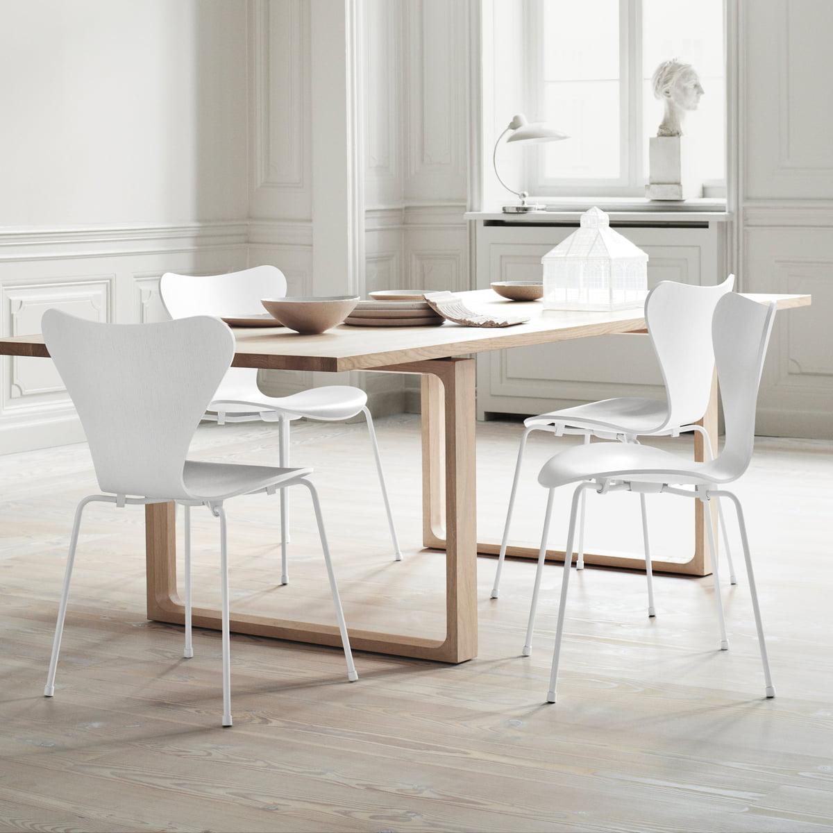 chaise monochrome série 7 de fritz hansen - Chaise Serie 7