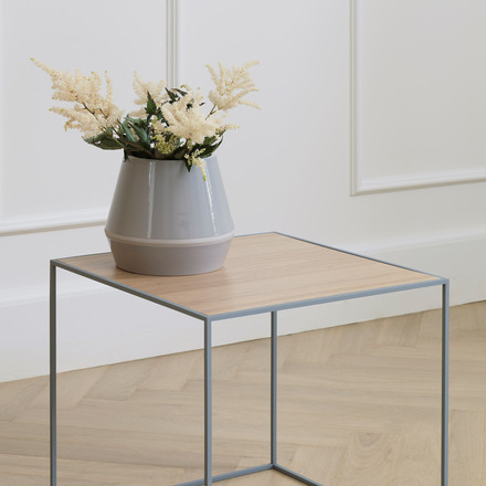 Vase Rimm et table Twin par by Lassen
