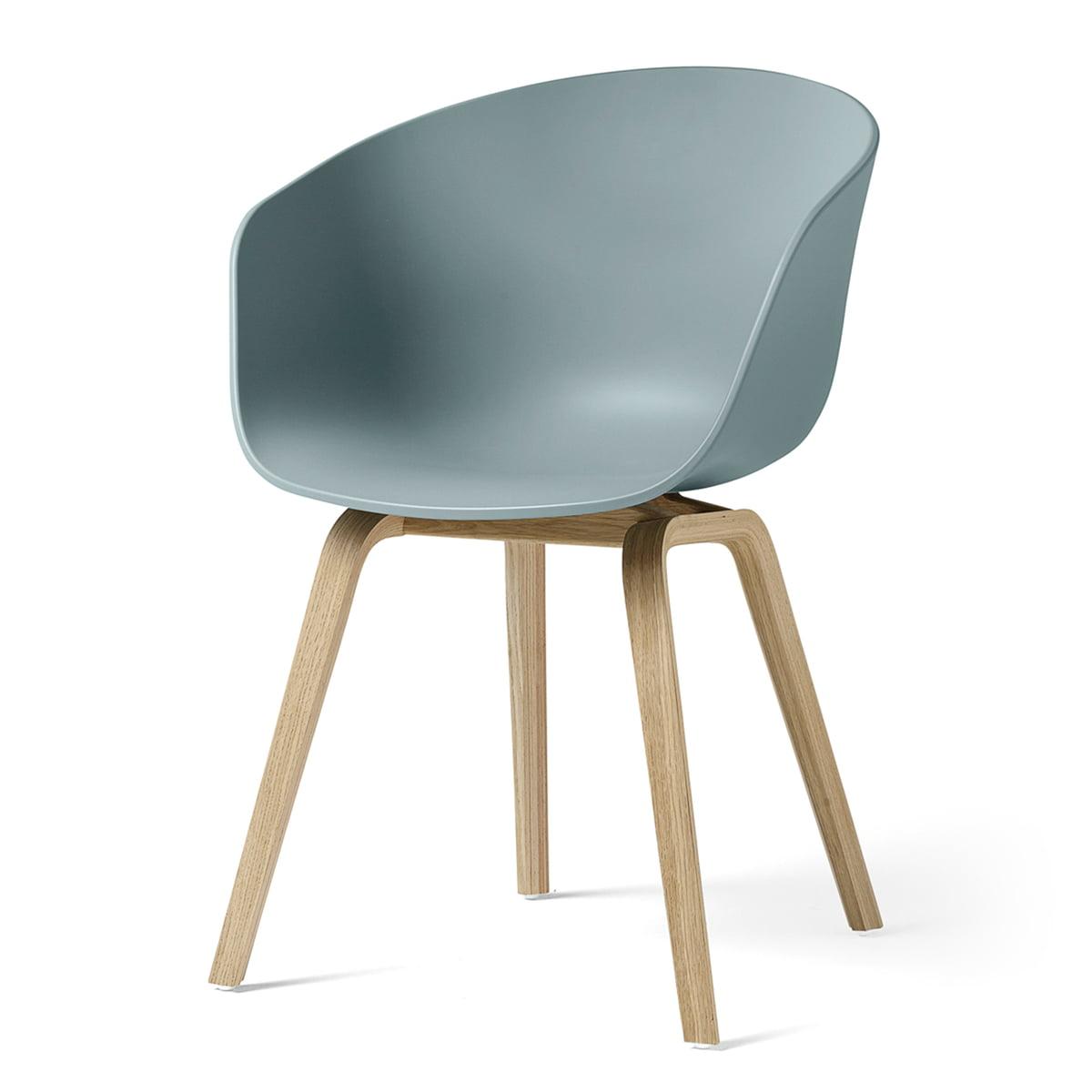 Hay - About A Chair AAC 22, structure quatre pieds en bois (chêne laqué mat) / dusty blue, patins en feutre