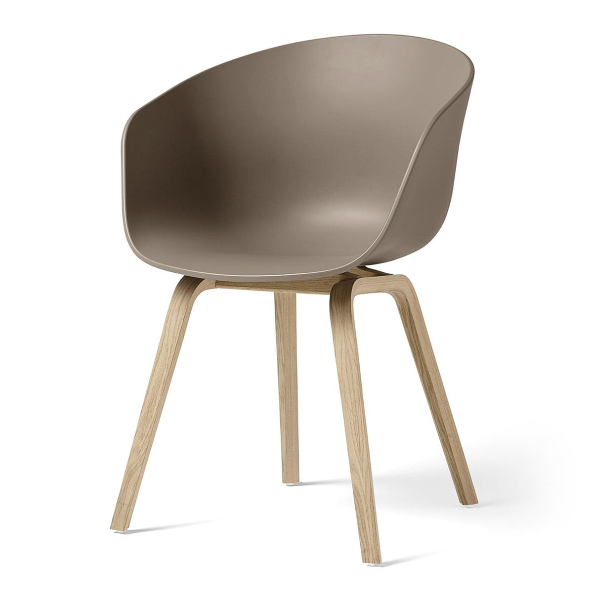 Hay - About A Chair AAC 22, structure quatre pieds en bois (chêne laqué mat) / kaki, patins en feutre